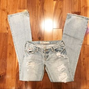 Hollister Bootcut Distressed Jeans 0R